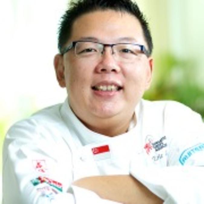 Chef Eric Low | Clubvivre