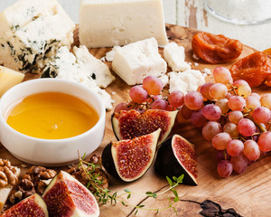 Elegant French Canapes Menu for your small gatherings by Chef Tim Meijers | Clubvivre